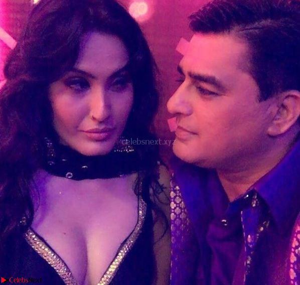 Kamya Punjabi Stunning TV SHow Actress Pics