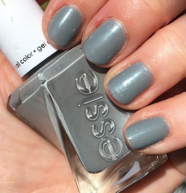 Essie, Essie Gel Couture Nail Polish, Essie Gel Couture Closing Night, Essie Ballet Nudes Collection, nails, nail polish, nail lacquer, nail varnish, gel nails, gel nail polish, #ManiMonday, manicure