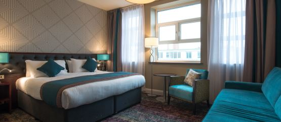 Dialogue réservation d'une chambre d'hôtel