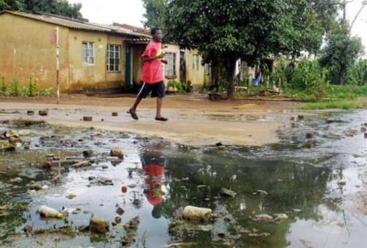 Cholera outbreak kills four people in Zimbabwe