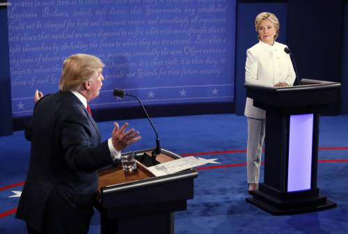 Donald Trump and Hillary Clinton debate for the last time in Las Vegas