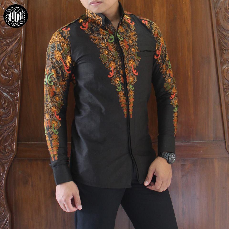 Tampil Keren Dengan Kemeja Batik Model Kekinian Situs Fashion Pria