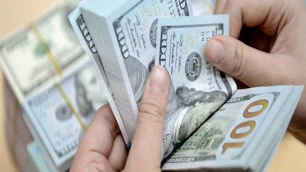 هبوط جديد في سعر الدولار امام الجنيه (5 قروش)