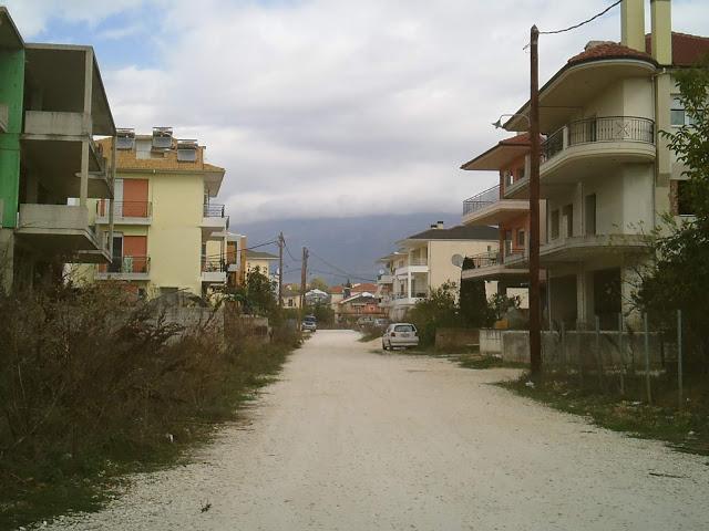 Γιάννενα: Στις Γειτονιές Της Εγκατάλειψης... (2)