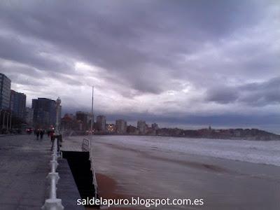 paseo-playa-gijón