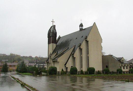 Kościół pw. Matki Boskiej Wspomożenia Wiernych w Łukowicy.