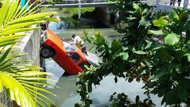 Автомобиль в реке Ламай Самуи