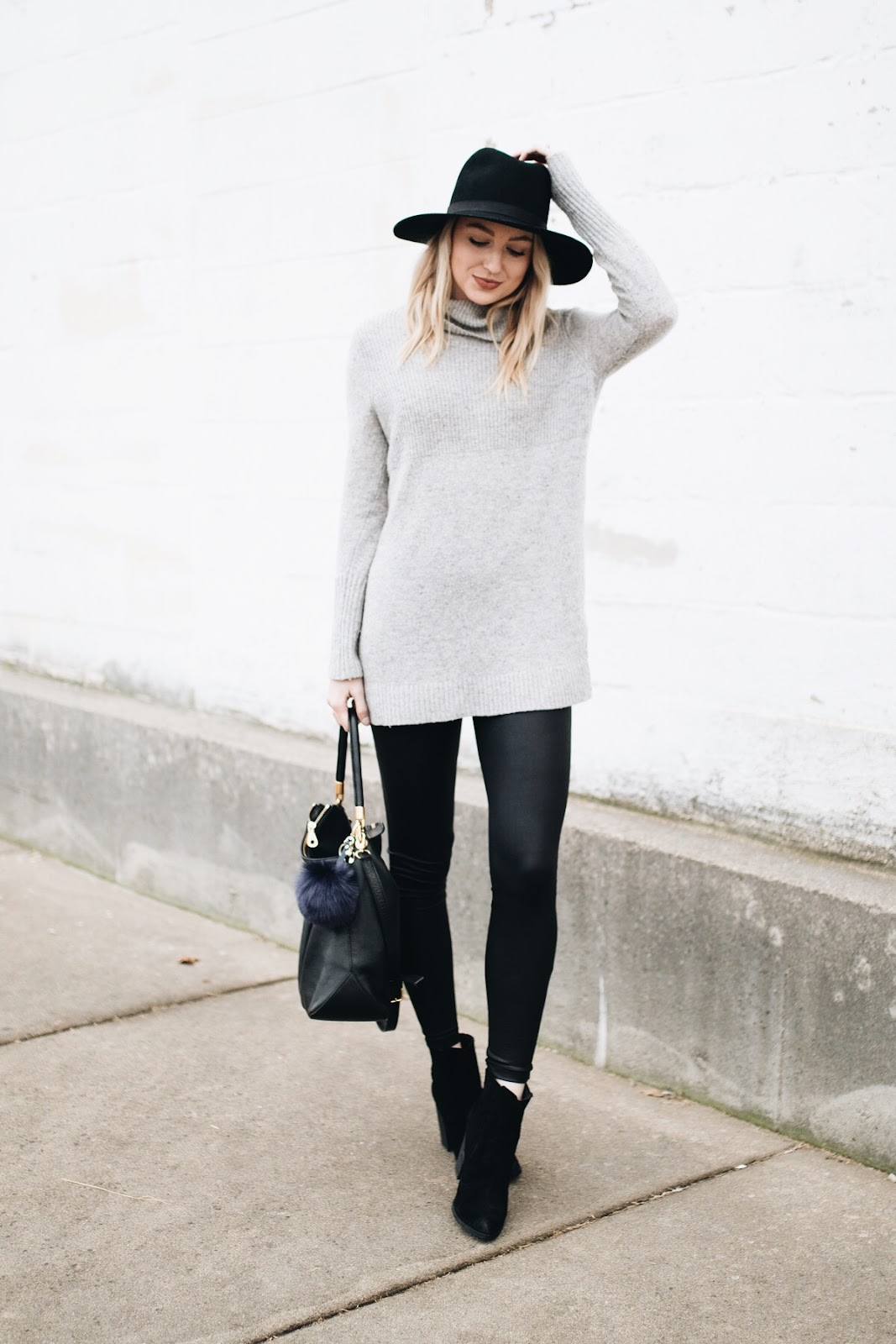 Turtleneck sweater + leather leggings // easy winter outfit idea