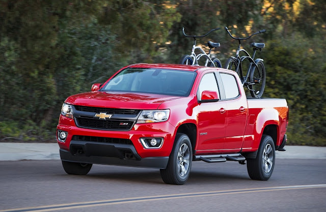 2017 Chevrolet Colorado red crew cab