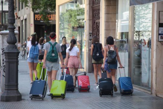 Las pernoctaciones en los hoteles de la Comunitat Valenciana se incrementan hasta abril un 2,8% con respecto al mismo periodo de 2018
