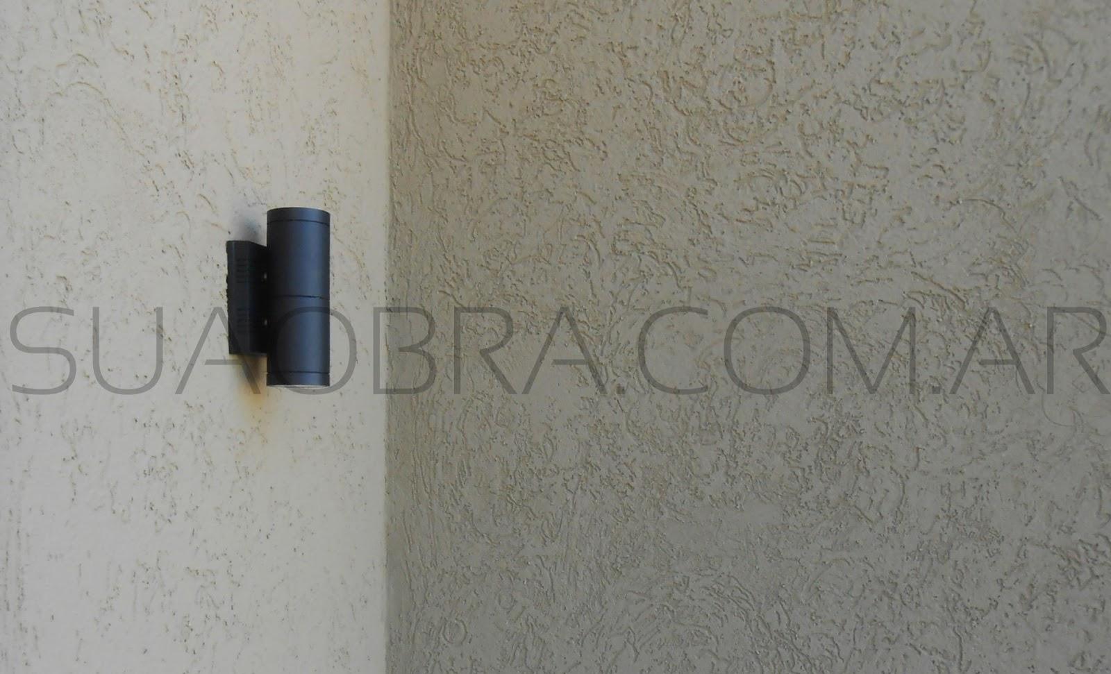 Revestimiento de exteriores texturado recubrimiento pl stico revestimientos plasticos por - Aplicacion de microcemento en paredes ...