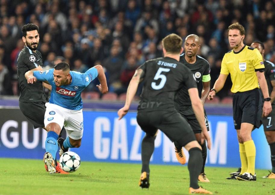 Il Napoli ha perso al San Paolo contro il Manchester City: qualificazione a rischio | Calcio Champions League
