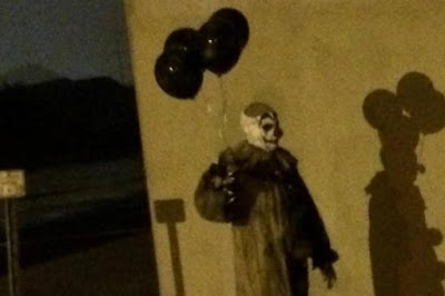 http://mysteriousuniverse.org/2016/09/creepy-clown-sightings-continue-throughout-the-united-states/