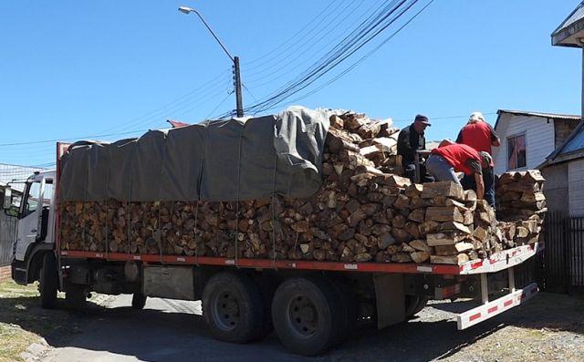 Preocupación en pequeños productores de leña por medidas de cuarentena total