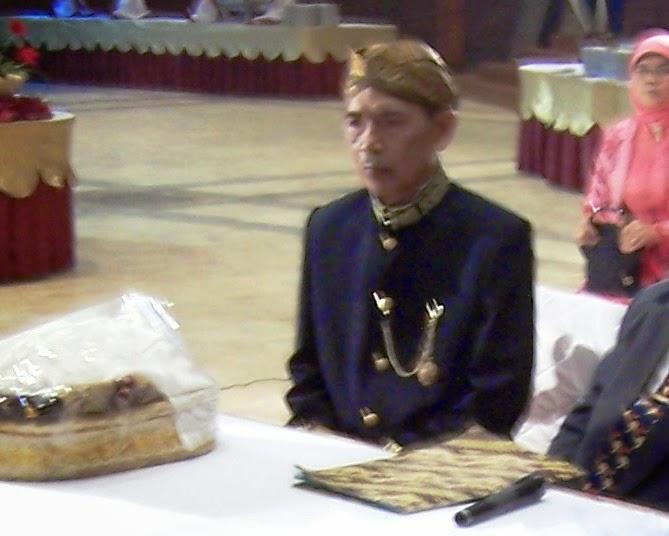 Almarhum Bapak (2005)