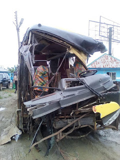 Shocking!!! 18 Corpers died in a Motor Accident.