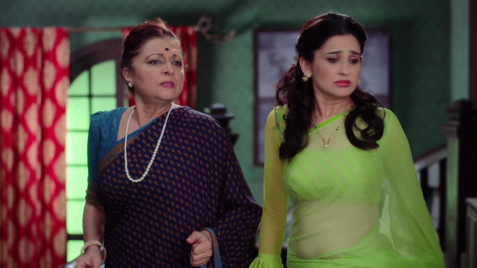 Smita Bansal Very Hot Sexy Navel Show In Transparent Saree -1674