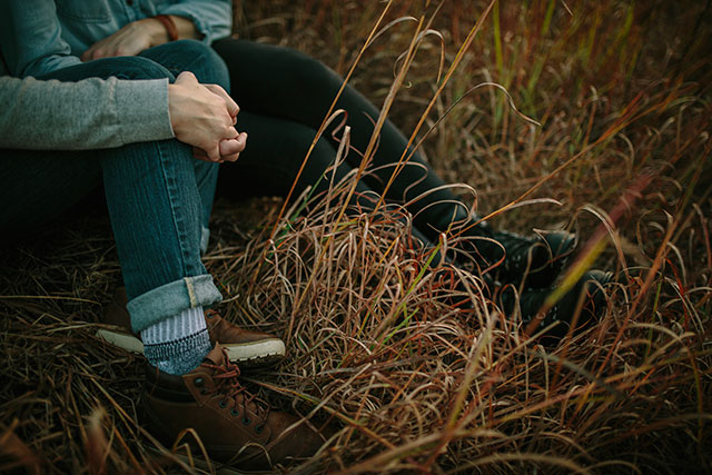 Cuddling in the grasses - Photography by Jessica Holleque