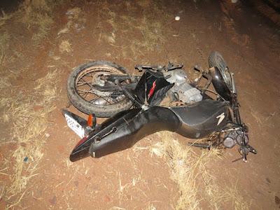 Duas pessoas morrem após caminhonete bater em moto no interior da Bahia