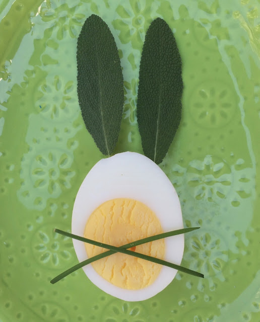 Fresh Herb Easter Eggs! Strategic Placement of herbs on hard boiled eggs transforms them into Easter Bunnies - www.jacolynmurphy.com