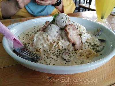 Western Terbaik Taiping, Cafe Moden, Spaghetti Meatball Carbonara