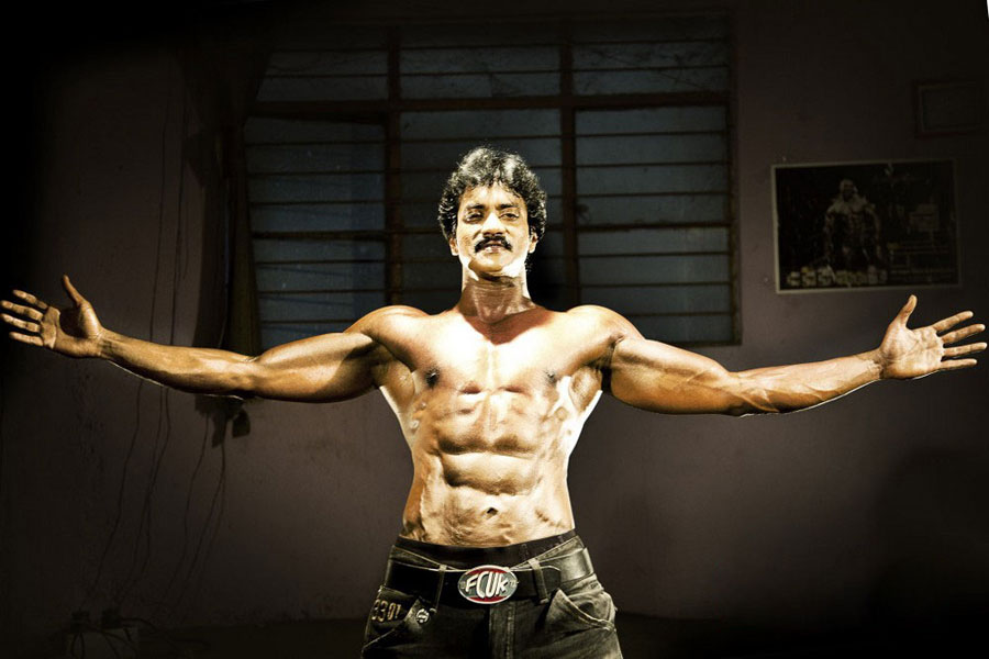 Atozimages sunil six pack photo shoot photos stills gallery thecheapjerseys Gallery