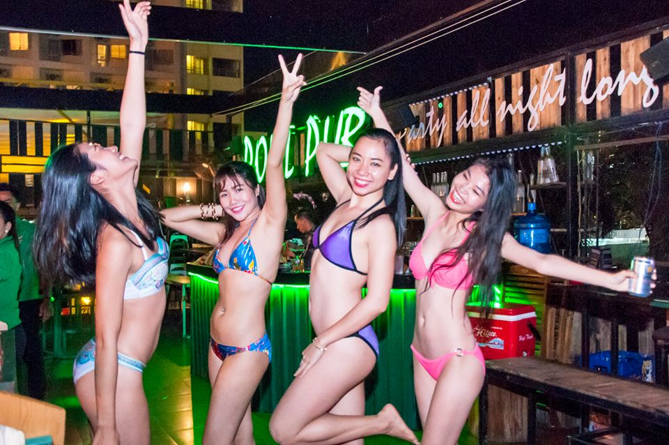 naked vietnam bar girls