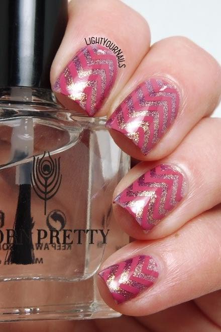 Pink chevrons stamping nail art zig zag rosa #nailart #nailstamping #stamping #lightyournails