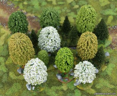 Bosque blanco, verde amarillento y verde claro