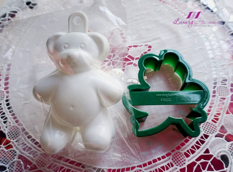 teddy bear jelly mold frog bread cutter giveaway