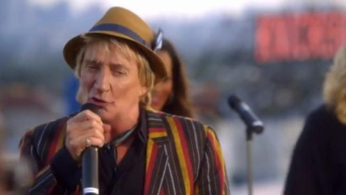Video: Rod Stewart - Love Is