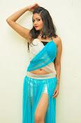 Shreya Vyas latest sizzling pics-thumbnail-16