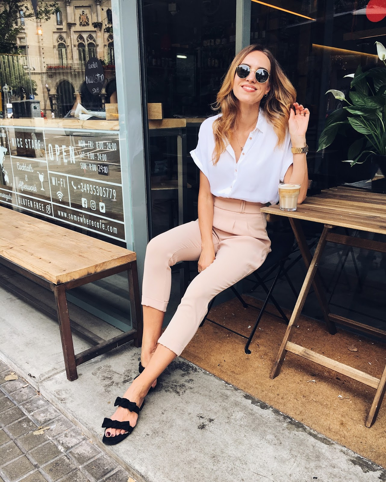 kristjaana pink trousers summer office outfit