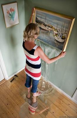 manipulasi lukisan dinding