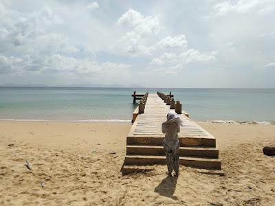 pantai nipah pulau nasi