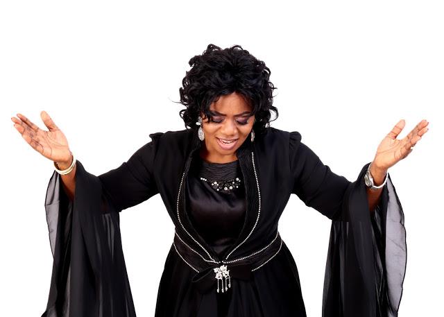 Gospel singer, Esther Piesie threatens To Quit Music If She Doesn't Win At Vodafone Ghana Music Awards