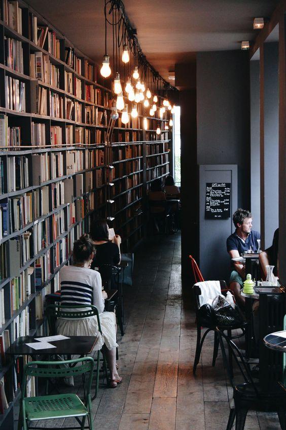 Meu sonho: café + livraria + sebo