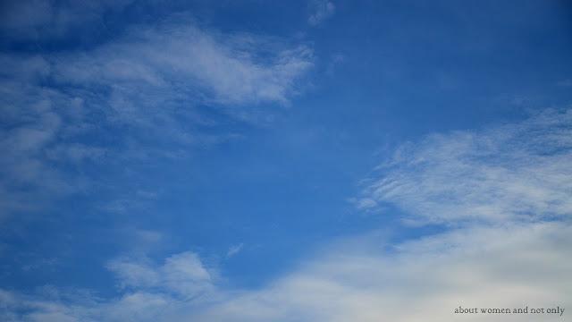 Cer de un albastru intens
