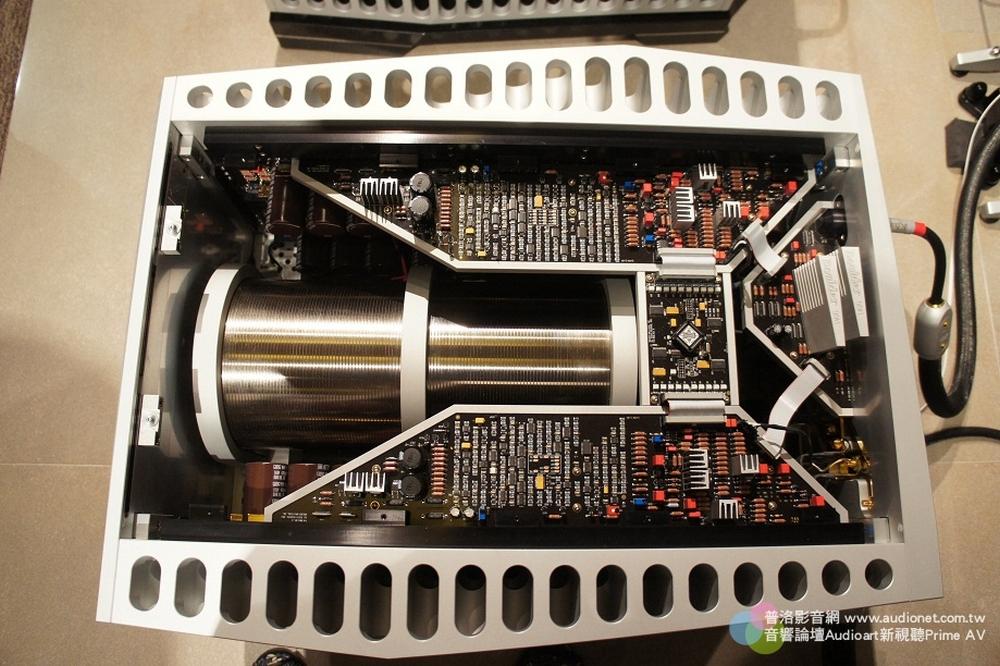 Wizard High End Audio Blog Boulder 3050 Mono Power Amplifier