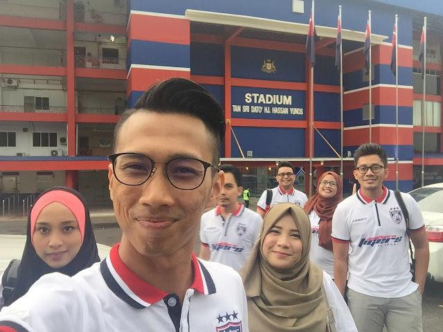 Dihadapan StadiumTan Sri Dato' Hj.Hassan Yunos, Larkin