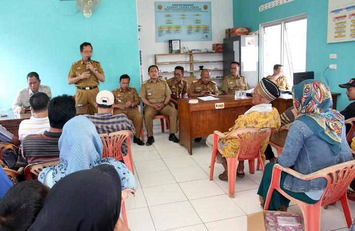 Tim IV Tanggap Bencana  Pemkab,Salurkan Bantuan Pada Warga Korban Banjir Di Lamsel.