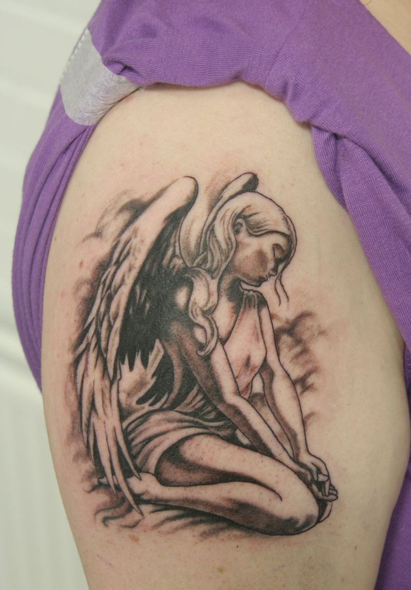 Suojelusenkeli Tatuointi