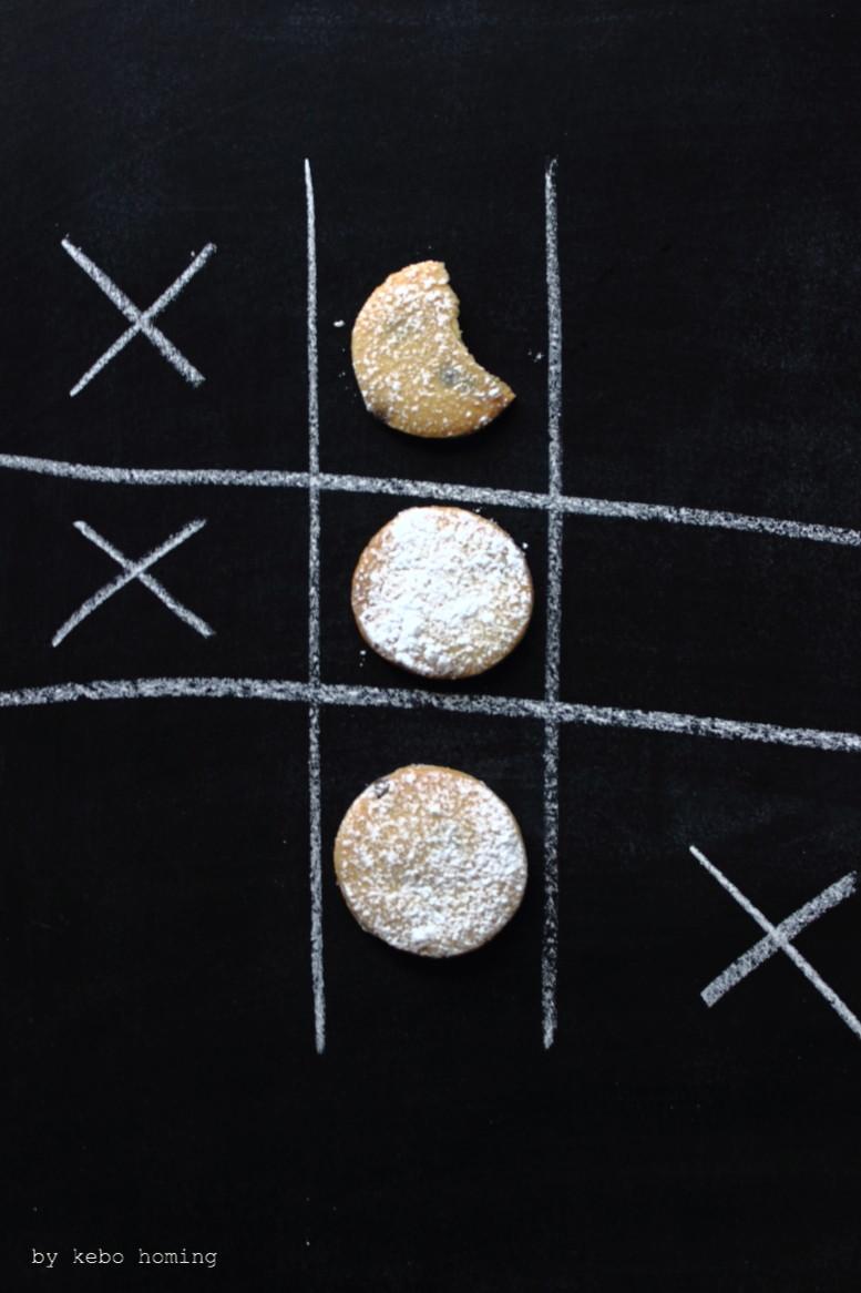 Chocolate Chip Cookies, Mürbteig Plätzchen Kekse mit Schokoperlen, Rezept beim Südtiroler Food- und Lifestyleblog kebo homing, in der Weihnachtsbäckerei 2016, foodstyling & photography