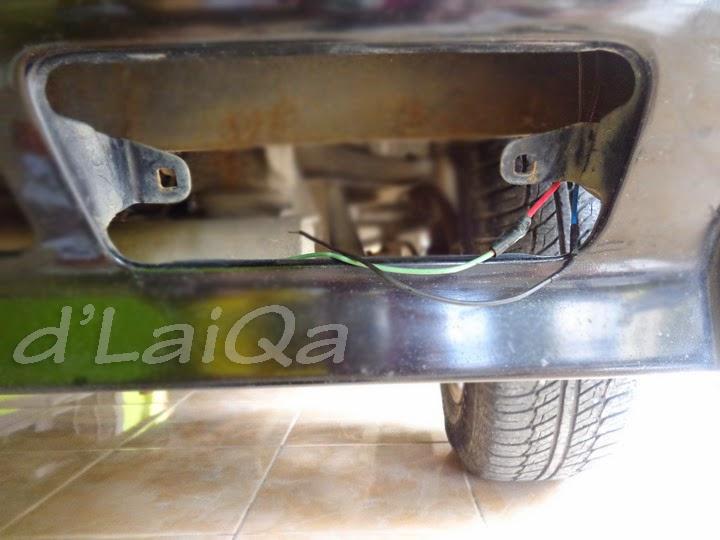 bersihkan kabel dan sambungannya