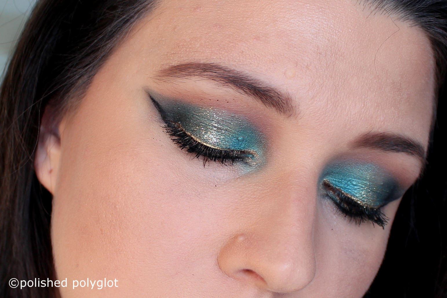 Makeup Turquoise And Gold For The Holidays Monday Shadow