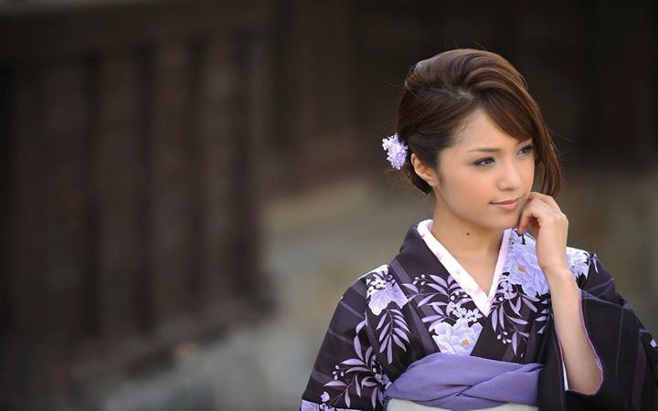 Lima rahsia wanita cantik Jepun ada pinggang ramping