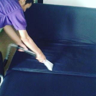 cuci sofa antapani