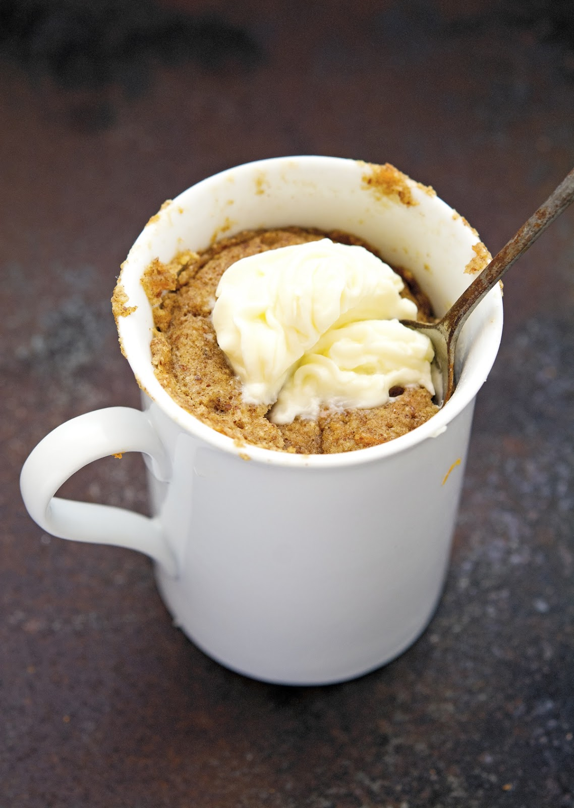 (Paleo) Carrot Cake In A Mug