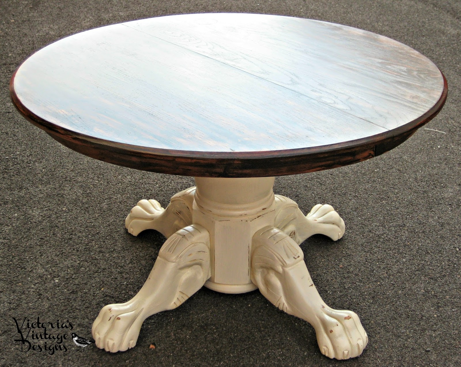 Round Oak Dining Table With Claw Feet