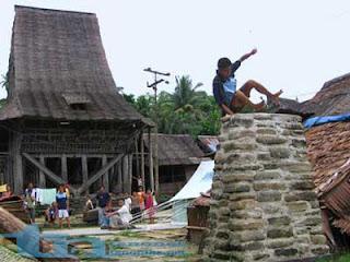 Sejarah Masuknya Agama di Pulau Nias